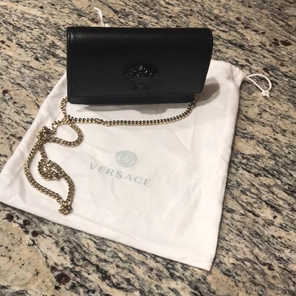 ed05d44fa676 Versace Palazzo Evening Bag. M 5c395d85aaa5b819fe6b60fb